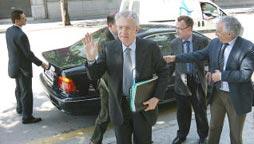 Mario Monti en una visita a Girona l'any 2009 (Foto: Aniol Resclosa / Diari de Girona)